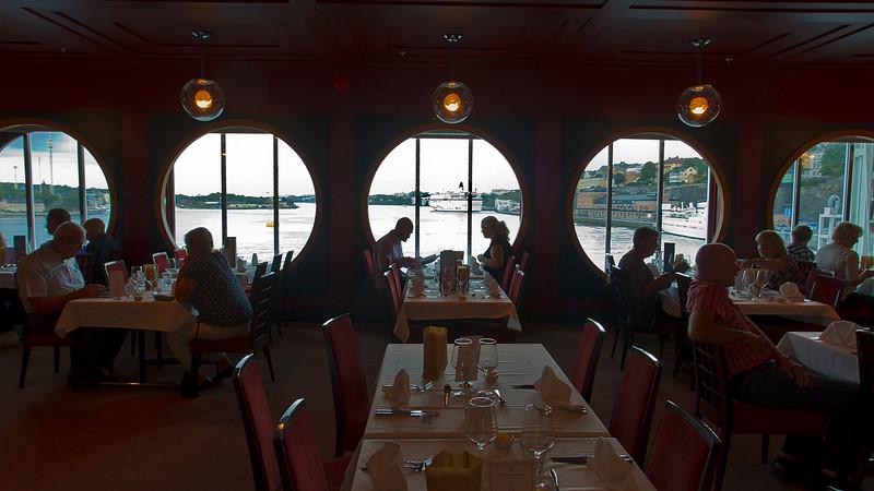 Restaurant on board
