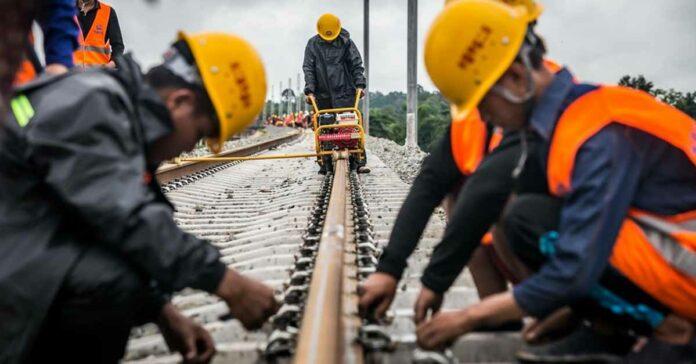 Final Rail Welded on Laos-China Railway