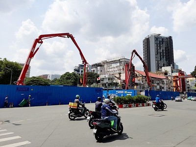 Concreting work on Le Loi 27 Aug 2020