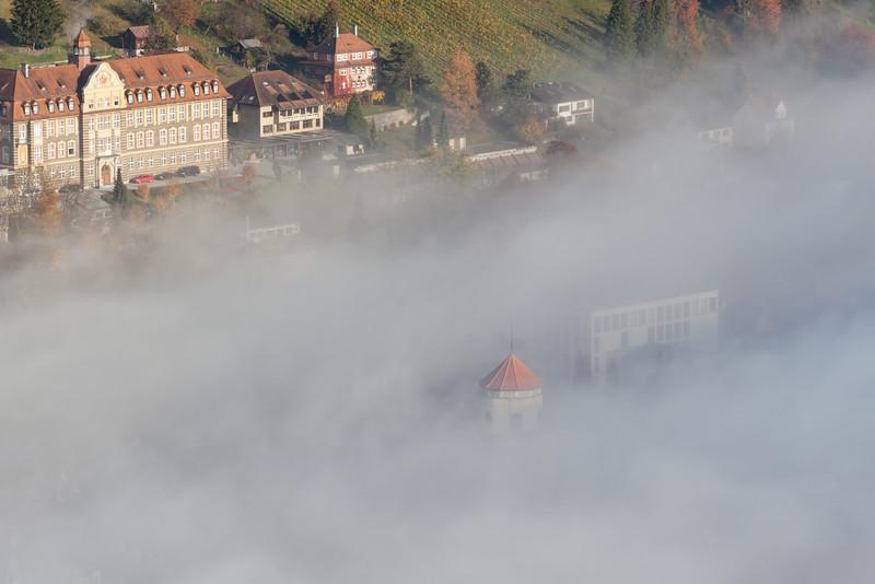 Josefsheim und Katzenturm vom Stadtschorfen im Herbst