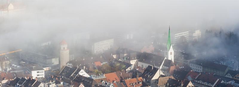 Feldkircher Dom und Katzenturm vom Stadtschorfen im Herbst