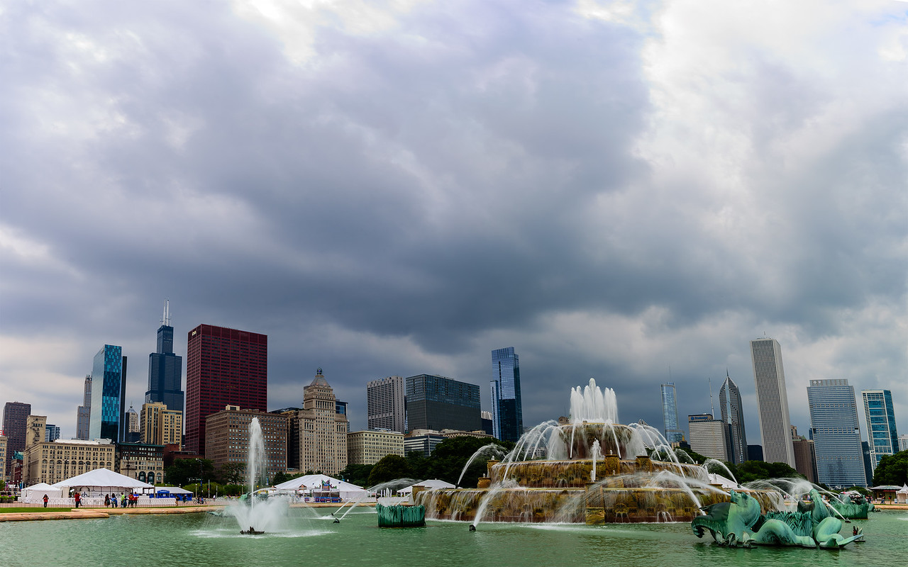 the beautiful Buckingham fountain of Chicago