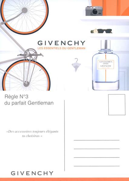 GIVENCHY Gentlemen Only Casual Chic 2015 France recto-verso postcard 15 x 10,5 cm 'Règle numéro 3 du parfait Gentleman - Des accessoires toujours élégants tu choisiras'