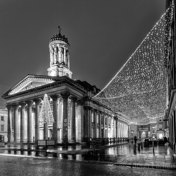 Goma lit up at night