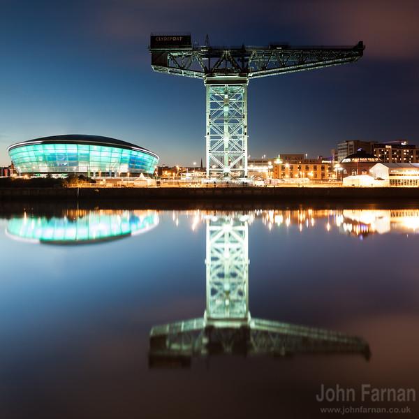 Glasgow crane night