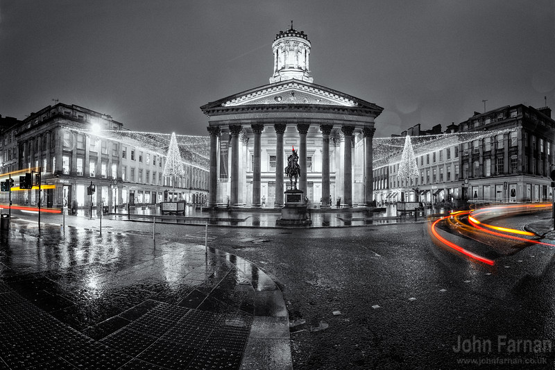Goma black and white with coloured light trails