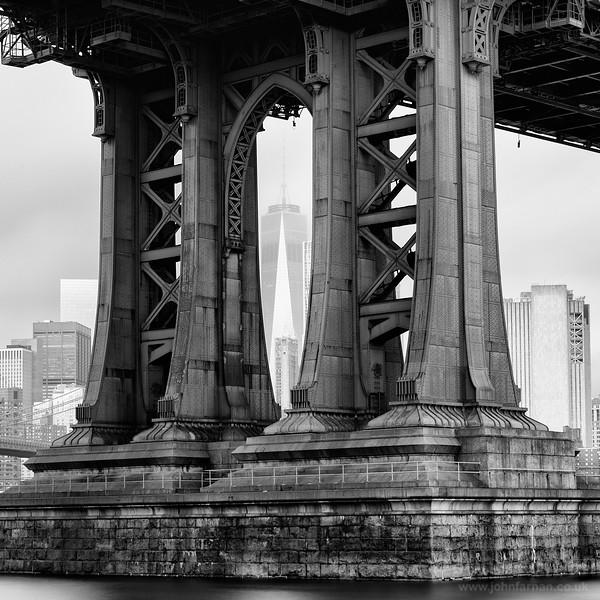 One World Trade Center through the Manhattan Bridge