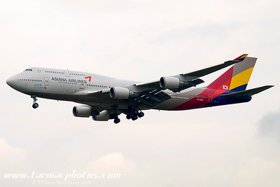 AsianaAirlinesBoeing74748EHL7428_5