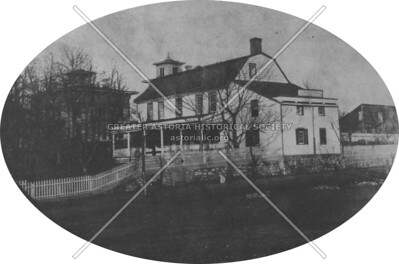 Residence of Jacob Blackwell on the East River.  Confiscated by the British during the American Revolution.  Destroyed in 1901