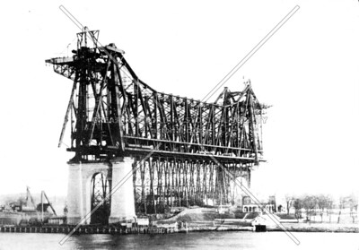 Central span truss over Roosevelt Island (formerly Welfare and Blackwell's Ireland)