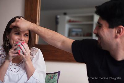 Tati e Ricardo grávidos de Tom aos 7 meses de gestação, em seu apartamento no Paraíso, São Paulo. 19/05/2012. Foto: Murillo Medina/Murillo Medina Fotografia. To dos os direitos reservados.