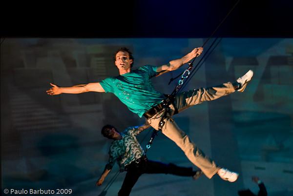 Espetáculo Sintonia, Acrobático Fratelli e Banda Sincronica, julho de 2009.