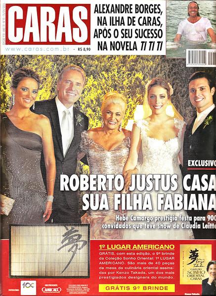 Capa (apenas para ilustração): Revista Caras - Edição 910 / Ano 18 / N 15 / 15 de Abril de 2011<br /> Evento: Casamento Fabiana Justus