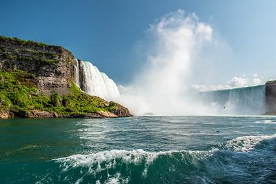 Niagara_by_Mayra_Agundez3