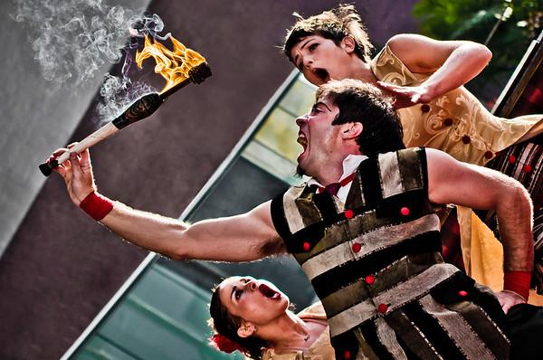 Pablo Nordio, Lu Menin e Maíra Benozatti em Experimento Circo - Circo Amarillo.
