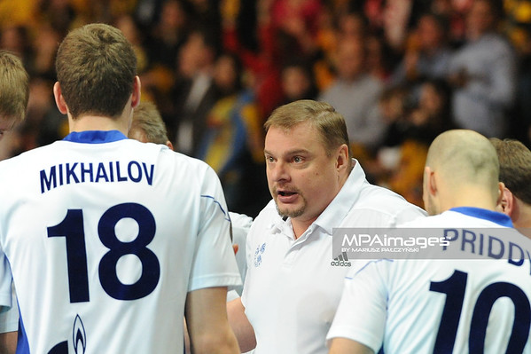 02.03.2011 - Lodz , Siatkowka - CEV Liga Mistrzow , PGE SKRA Belchatow (zolte) - Zenit Kazan (biale) N/Z Trener Alekno Fot. Mariusz Palczynski / MPAimages.com