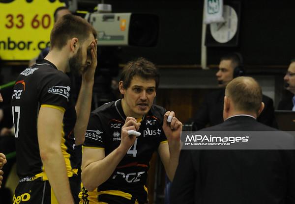 06.04.2011 - Czestochowa , Siatkowka - PlusLiga ,  TYTAN AZS Czestochowa (biale) - PGE SKRA Belchatow (czarne) N/Z Daniel Plinski Fot. Mariusz Palczynski / MPAimages.com