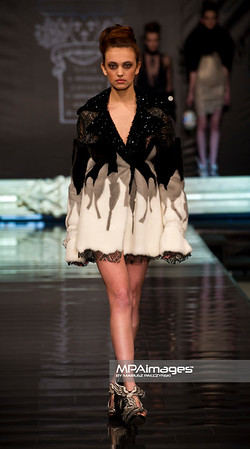 05.05.2011 - Lodz , FashionPhilosophy Fashion Week Poland , Gala otwarcia FFWP – ON AURA TOUT VU  N/Z Kolekcja - ON AURA TOUT VU Fot. Mariusz Palczynski / MPAimages.com
