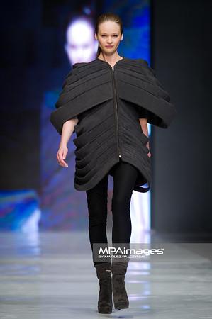 06.05.2011 - Lodz , FashionPhilosophy Fashion Week Poland , Zlota Nitka , The Golden Thread  N/Z Kolekcja Leather Bound – Monika Blazusiak Fot. Mariusz Palczynski / MPAimages.com
