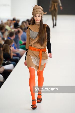 26.06.2011 - Warszawa , Warsaw Fashion Street N/Z Pokaz Aneta Szeweluk Skarbek Fot. Mariusz Palczynski / MPAimages.com