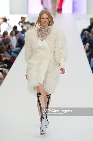 26.06.2011 - Warszawa , Warsaw Fashion Street N/Z Pokaz Domi Grzybek Fot. Mariusz Palczynski / MPAimages.com