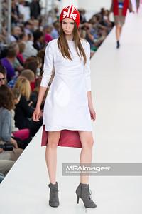 26.06.2011 - Warszawa , Warsaw Fashion Street N/Z Pokaz Ewa Suwinska Fot. Mariusz Palczynski / MPAimages.com