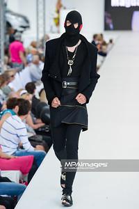 26.06.2011 - Warszawa , Warsaw Fashion Street N/Z Pokaz Iwona Leliwa Kopystynska , Magda Ryniec Fot. Mariusz Palczynski / MPAimages.com