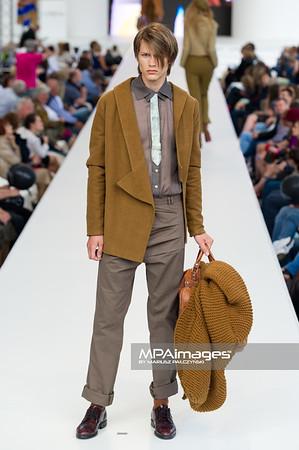 26.06.2011 - Warszawa , Warsaw Fashion Street N/Z Pokaz Lukasz Stachowicz Fot. Mariusz Palczynski / MPAimages.com