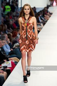 26.06.2011 - Warszawa , Warsaw Fashion Street N/Z Kolekcja ORSAY Fot. Mariusz Palczynski / MPAimages.com