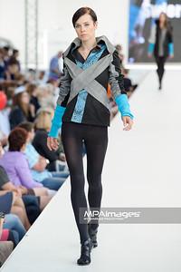 26.06.2011 - Warszawa , Warsaw Fashion Street N/Z Pokaz Pawel PAVEAU Swierczynski Fot. Mariusz Palczynski / MPAimages.com