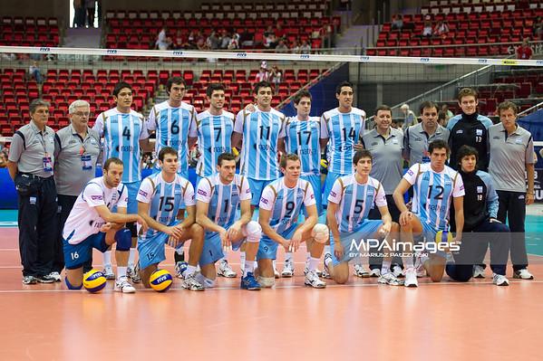 06.07.2011 - Gdansk , ERGO Arena , Siatkowka mezczyzn (Volleyball men's) , Finaly Ligi Swiatowej 2011 , FIVB World League Final 2011 ,  Argentyna (bialo-niebieskie) - Wlochy (granatowe) N/Z Reprezentacja Argentyny Fot. Mariusz Palczynski / MPAimages.com