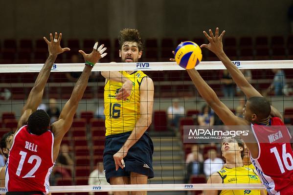 06.07.2011 - Gdansk , ERGO Arena , Siatkowka mezczyzn (Volleyball men's) , Finaly Ligi Swiatowej 2011 , FIVB World League Final 2011 ,  Brazylia (zolte) - Kuba (czerwone) N/Z Bell , Lucas , Mesa Fot. Mariusz Palczynski / MPAimages.com
