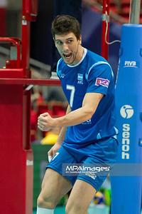 07.07.2011 - Gdansk , ERGO Arena , Siatkowka mezczyzn (Volleyball men's) , Finaly Ligi Swiatowej 2011 , FIVB World League Final 2011 ,  Bulgaria (biale) - Argentyna (niebieskie)  N/Z Facundo Conte Fot. Mariusz Palczynski / MPAimages.com