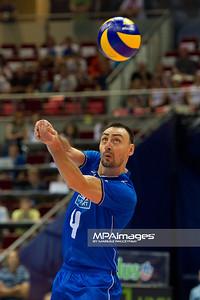 07.07.2011 - Gdansk , ERGO Arena , Siatkowka mezczyzn (Volleyball men's) , Finaly Ligi Swiatowej 2011 , FIVB World League Final 2011 ,  Wlochy (biale) - Bulgaria (czarne)  N/Z Andrea Bari Fot. Mariusz Palczynski / MPAimages.com