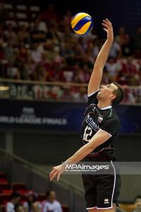 07.07.2011 - Gdansk , ERGO Arena , Siatkowka mezczyzn (Volleyball men's) , Finaly Ligi Swiatowej 2011 , FIVB World League Final 2011 ,  Wlochy (biale) - Bulgaria (czarne)  N/Z Viktor Yosifov Fot. Mariusz Palczynski / MPAimages.com