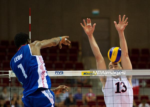 08.07.2011 - Gdansk , ERGO Arena , Siatkowka mezczyzn (Volleyball men's) , Finaly Ligi Swiatowej 2011 , FIVB World League Final 2011 ,  USA (biale) - Kuba (granatowe)  N/Z LEon , Clayton Stanley Fot. Mariusz Palczynski / MPAimages.com