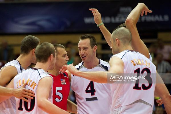 08.07.2011 - Gdansk , ERGO Arena , Siatkowka mezczyzn (Volleyball men's) , Finaly Ligi Swiatowej 2011 , FIVB World League Final 2011 ,  USA (biale) - Kuba (granatowe)  N/Z Siatkarze USA Fot. Mariusz Palczynski / MPAimages.com