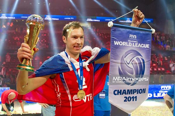 10.07.2011 - Gdansk , ERGO Arena , Siatkowka mezczyzn (Volleyball men's) , Finaly Ligi Swiatowej 2011 , FIVB World League Final 2011 ,  Dekoracja N/Z Taras Khtei Fot. Mariusz Palczynski / MPAimages.com