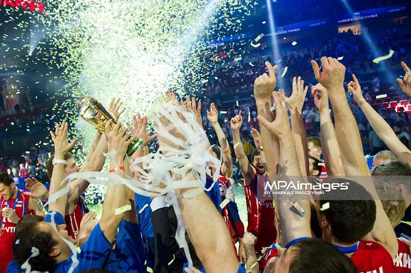 10.07.2011 - Gdansk , ERGO Arena , Siatkowka mezczyzn (Volleyball men's) , Finaly Ligi Swiatowej 2011 , FIVB World League Final 2011 ,  Dekoracja N/Z Radosc Rosjan Fot. Mariusz Palczynski / MPAimages.com