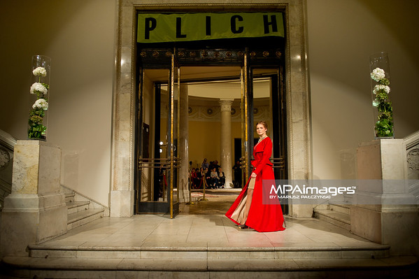 27.09.2011 - Warszawa , Palac Kultury i Nauki , PLICH Fashion Show N/Z Urszula Grabowska Fot. Mariusz Palczynski / MPAimages.com
