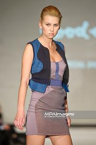 2011.10.26 - Lodz , Fashionphilosophy Fashion Week Poland 2012 S/S Re-Act Fashion - Pokaz specjalny Good-one   Fot. Mariusz Palczynski / MPAimages.com