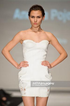 2011.10.26 - Lodz , Fashionphilosophy Fashion Week Poland 2012 S/S Re-Act Fashion - Andrea Pojezdalova   Fot. Mariusz Palczynski / MPAimages.com