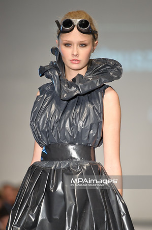 2011.10.26 - Lodz , Fashionphilosophy Fashion Week Poland 2012 S/S Re-Act Fashion - Mateusz Michalczyk   Fot. Mariusz Palczynski / MPAimages.com