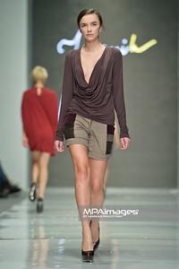 2011.10.27 - Lodz , Fashionphilosophy Fashion Week Poland 2012 S/S - Aleksandra Kmiecik   Fot. Mariusz Palczynski / MPAimages.com
