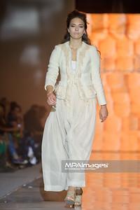 2011.10.30 - Lodz , Fashionphilosophy Fashion Week Poland 2012 S/S - Natalia Jaroszewska   Fot. Mariusz Palczynski / MPAimages.com