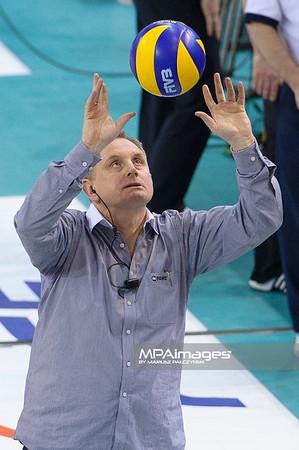 17.04.2012 - Belchatow , siatkowka ,  Plus Liga Final , PGE SKRA Belchatow (zolte) - Resovia Rzeszow (czarne)  N/Z Jacek Nawrocki   Fot. Mariusz Palczynski / MPAimages.com