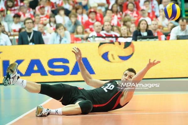 02.06.2012 - Katowice , Spodek , siatkowka , World League 2012 , Kanada (czarne) - Brazylia (zolte)   N/Z Gavin Schmitt   Fot. Mariusz Palczynski / MPAimages.com