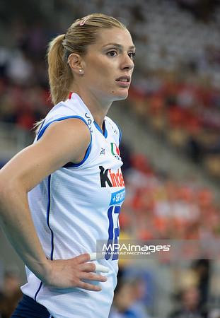 08.06.2012 - Lodz , Atlas Arena , siatkowka , World Grand Prix 2012 , Wlochy (biale) - Brazylia (zolte)  N/Z Francesca Piccinini  Fot. Mariusz Palczynski / MPAimages.com