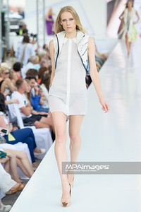 24.06.2012 - Warszawa , Warsaw Fashion Street 2012 N/Z Kolekcja Danuta i Anna Dabrowska  Fot. Mariusz Palczynski / MPAimages.com