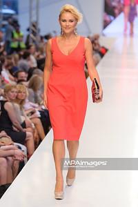 24.06.2012 - Warszawa , Warsaw Fashion Street 2012 N/Z Kolekcja ELIE TAHARI - Anna Samusionek  Fot. Mariusz Palczynski / MPAimages.com
